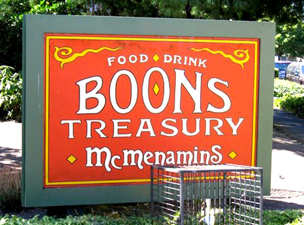 Family and Friends Night at Boon's Treasury